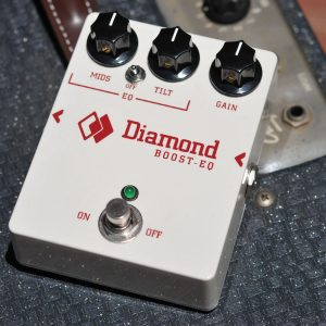diamond-boost-eq-pedal_sq