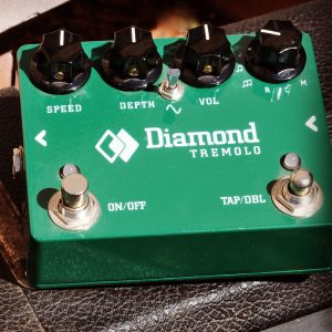diamond-tremolo-pedal